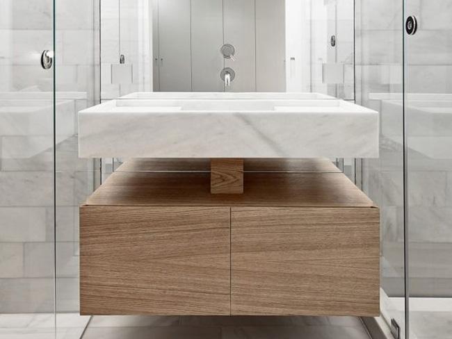 不锈钢木纹覆膜卫浴柜-客户案例
