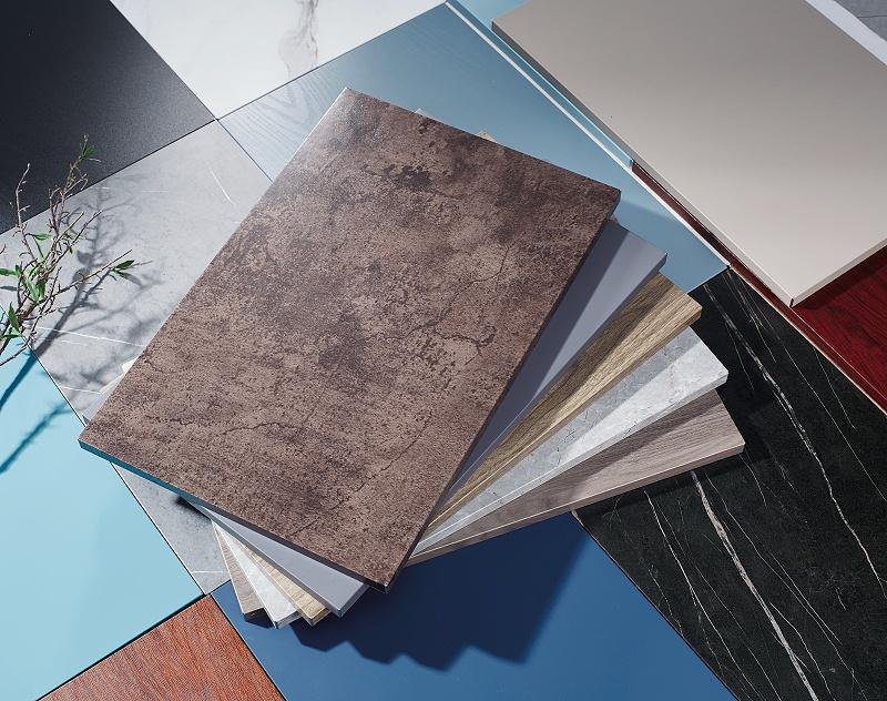 金属覆膜板